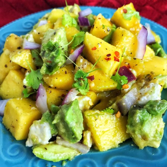 avocado mango salad example
